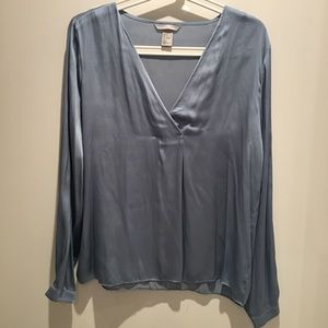 H&M Women Long sleeves top size 6